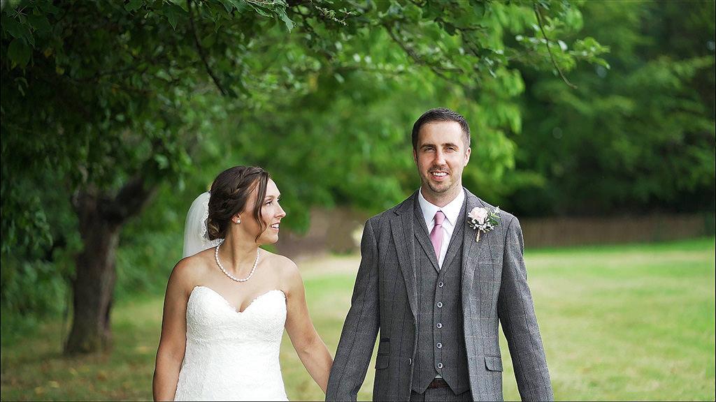 Emma & Steven – Glyn Clydach Wedding